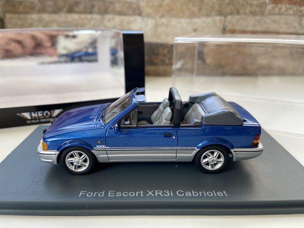 Ford Escort XR3i Cabriolet 1:43 Neo