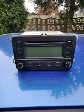 Sprzedam oryginalne radio samochodowe VW Golf V