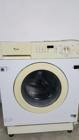 Vendo máquina de lavar e secar roupa