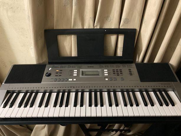 Teclado piano Yamaha psr-e353