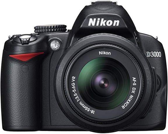 Nikon D3000 Câmara Digital SLR com lente 18-55 VR + Bolsa Lowe Pro