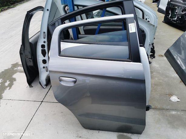 Porta Tras Direita Mitsubishi Space Star do ano 2012