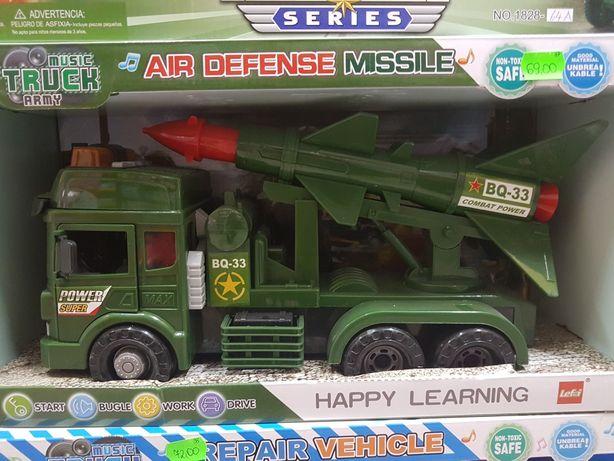 Wyprzedaż! Nowy pojazd wojskowy z wyrzutnią dźw,św, otwierane drzwi