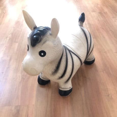 Skoczek gumowy zebra