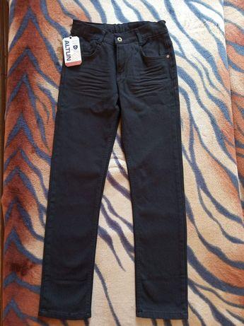 Джинсы, котоновые штаны на подростка
