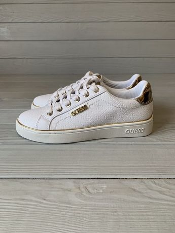 Белые кроссовки Guess ( 35 размер )