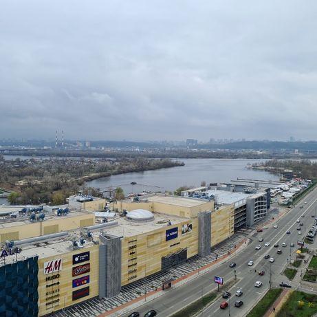 Продажа ВИДОВОЙ 3-х комнатной квартиры на Днепровской набережной !