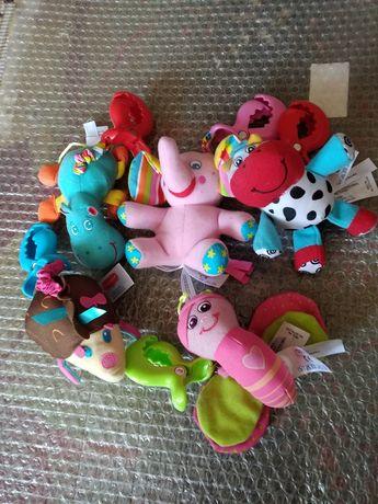 Фирменные игрушки-погремушки на коляску, кроватку