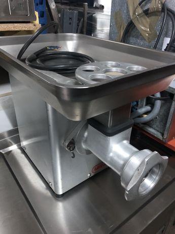 Picadora de carne industrial trifásica boca de 7cm da marca MAINCA