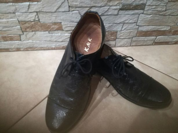 Buty komunijne pantofle rozm. 36 37