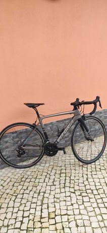 Bicicleta estrada vitoria (aceito troca)