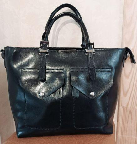 Продам жіночу шкіряну сумку