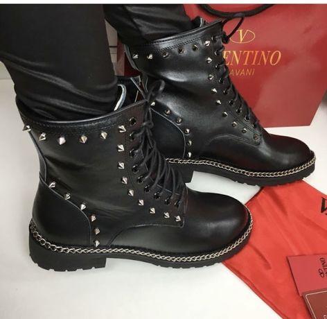 Кожаные ботинки женские )