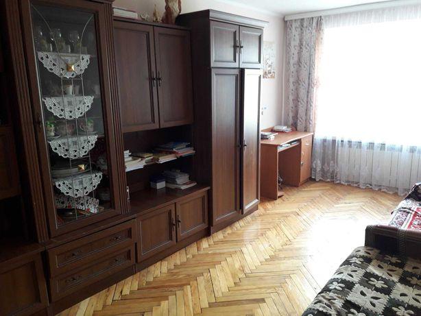 Продам двокімнатну квартиру Левандівка (Гніздовського)