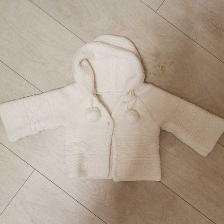 Biały seterek zimowy niemowlęcy 68 chrzest święta