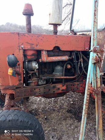 Продам трактор ( ЮМЗ-6АКЛ)