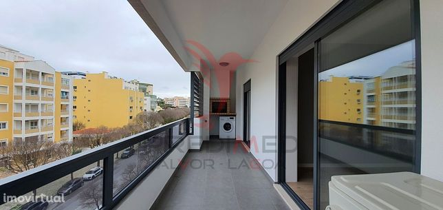 Apartamento T3 Novos com Garagem Box