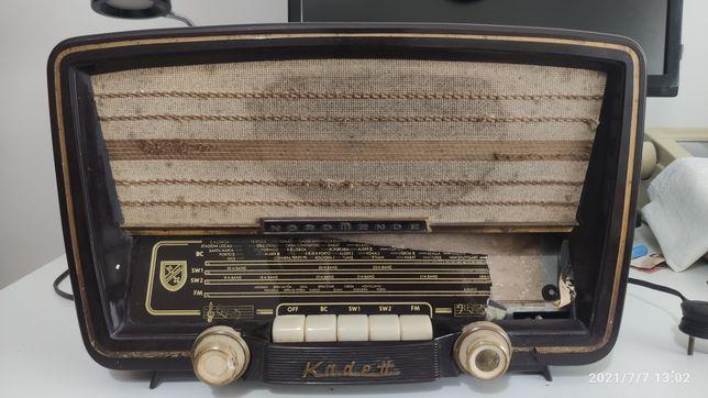 Rádio  antigo nordmende  para restaurar ou peças  VINTAGE