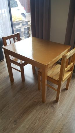 Stolik i krzesełka super stan - polecam