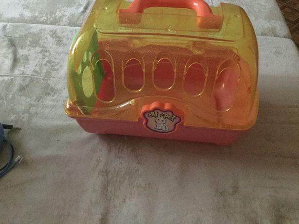 Игрушечный домик для игрушек