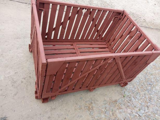 Продам контейнер  для хранения продуктов высота 70см ширина 80см