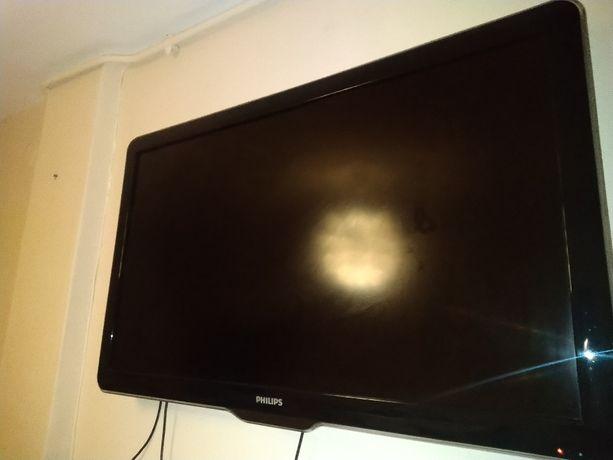 Sprzedam telewizor PHILIPS 42 cale 500zł