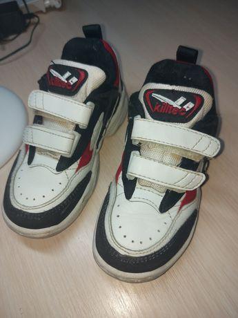 Продам кроссовки в нормальном состоянии