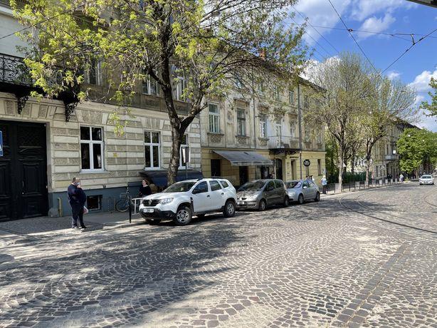 Оренда приміщення в центрі вул. Дорошенка
