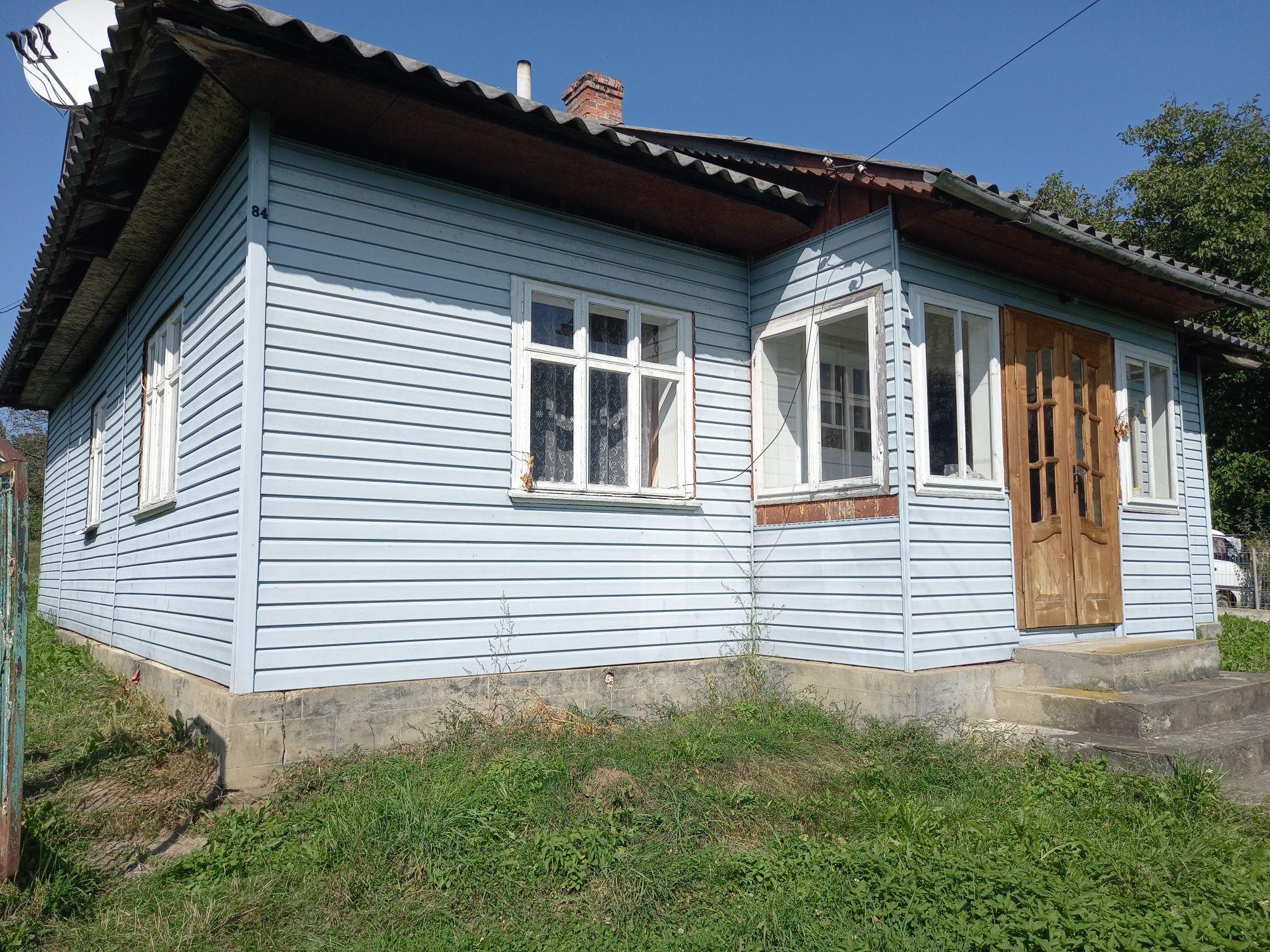 Продається будинок в с. Яблунька Богородчанський район