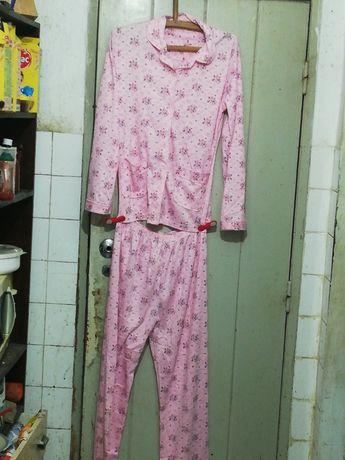 Pijama Cor de Rosa tamanho S ou M
