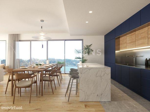 Apartamento T3 investimento garantido, frente ao rio em B...