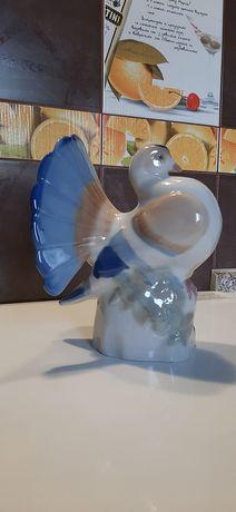 Голубь статуэтка  фарфор СССР