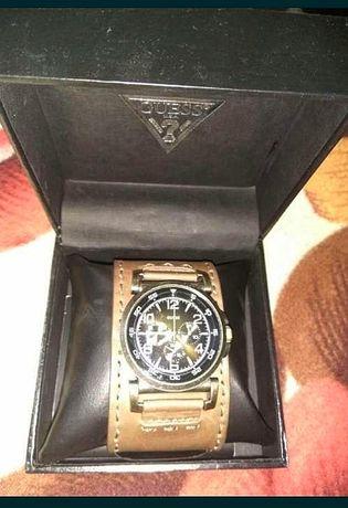 Продаются часы GUESS