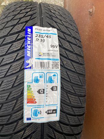 Michelin Pilot Alpin 5 99V 235/45/19