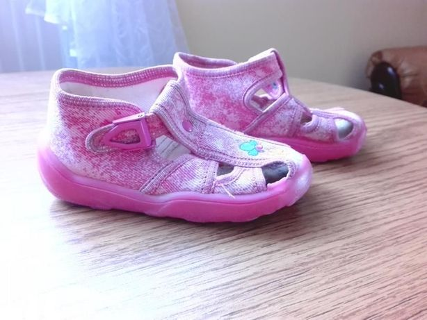 Sandały różowe