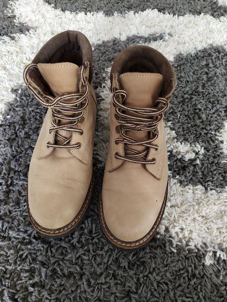 Ботинки, сапожки, черевики
