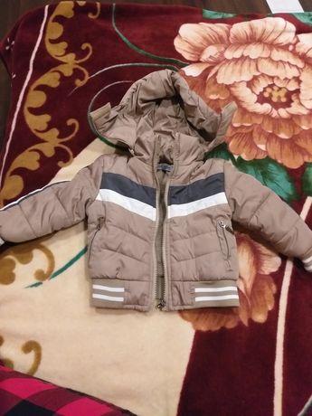 Курточка с утеплителем на 1 год для мальчика.
