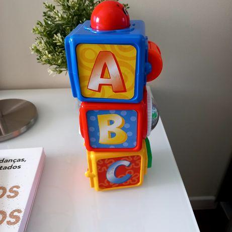 Brinquedo 1° infância