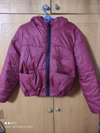 Куртка,цвет бордо,46 размер,короткая,новая,,лёгкая и удобная