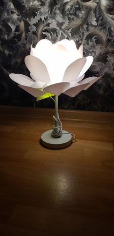 Lampka nocna kwiat