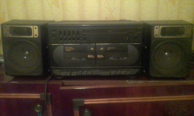 Магнитофон СССР винтаж магнитола