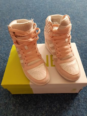 Женская обувь р36-37
