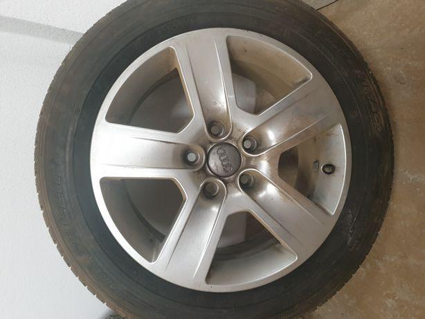 Jantes usadas originais Audi A4 com pneus 215/55 R 16.