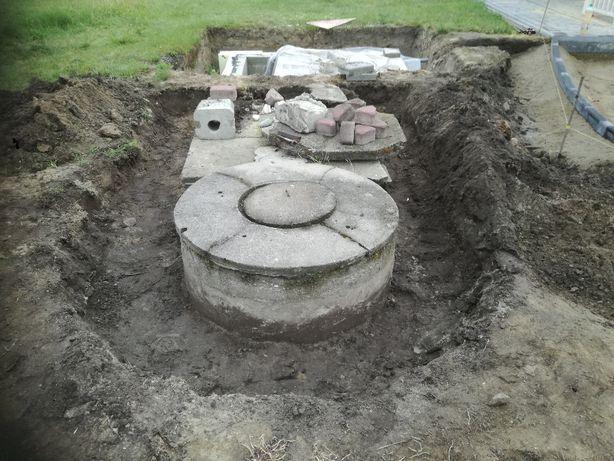 pokrywa z włazem na krąg od studni