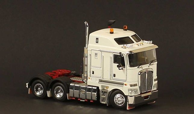 Kenworth k200  Truck-weiß- Drake 1:50