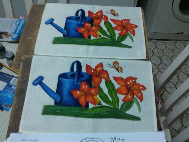 Tecidos pintados há mão, vários, veja as fotos, a partir de dez euros,