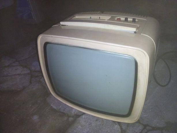 Telewizor UNITRA Vela