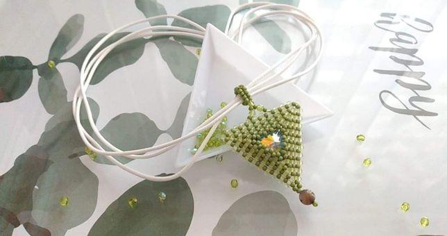 Naszyjnik z kryształkiem swarovskiego