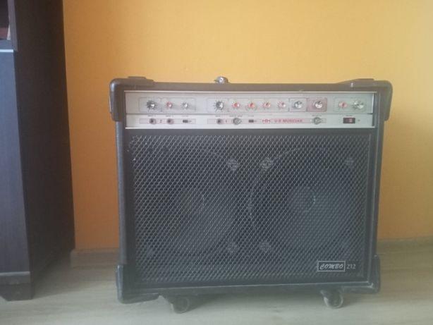 HH Electronics VS Musician 212 combo
