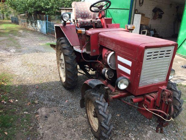 Продам трактор ХТЗ Т-25  1988р з навісним обладнанням